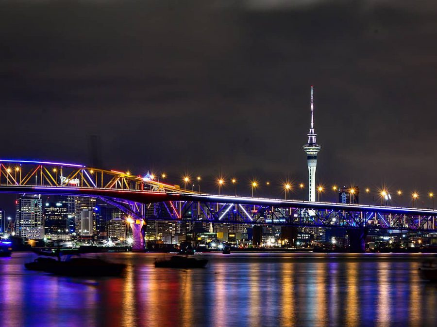Vector Lights Auckland Harbour Bridge